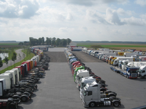 Autoparco Hulleman Trucks B.V.