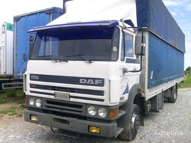 camion centinato DAF 1700
