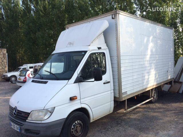 camion furgone MERCEDES-BENZ sprinter