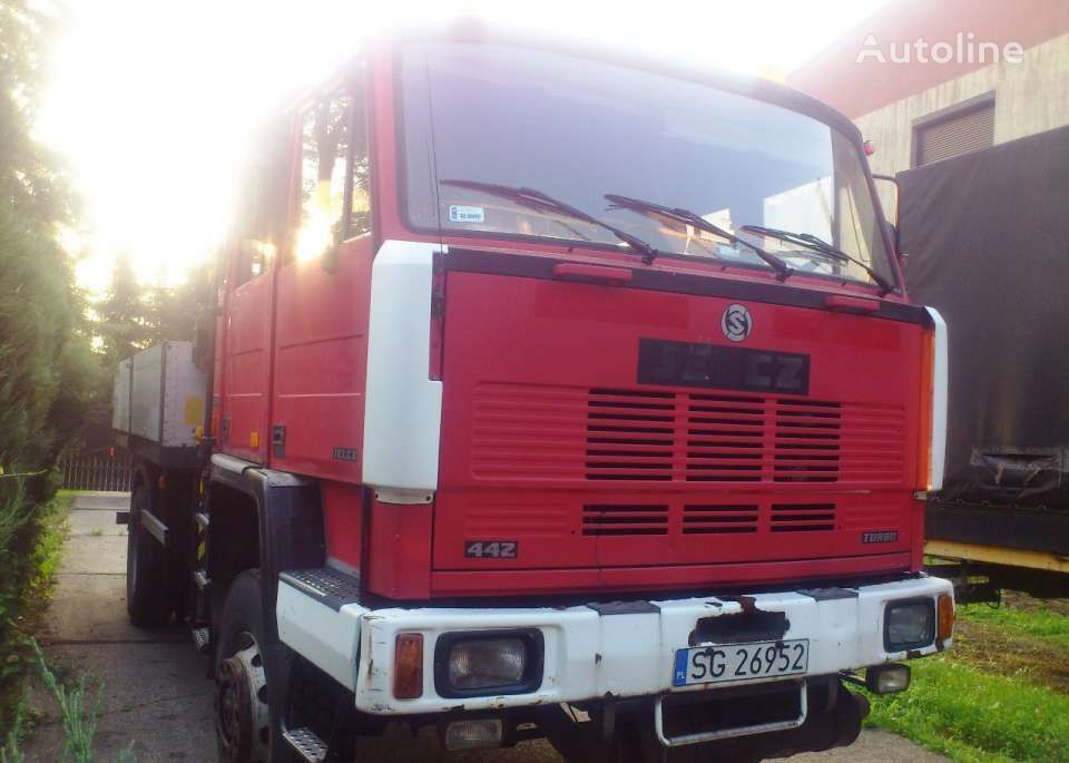 camion pianale JELCZ 442
