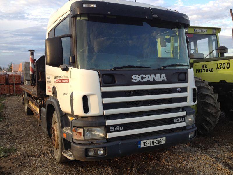camion piattaforma SCANIA 94D