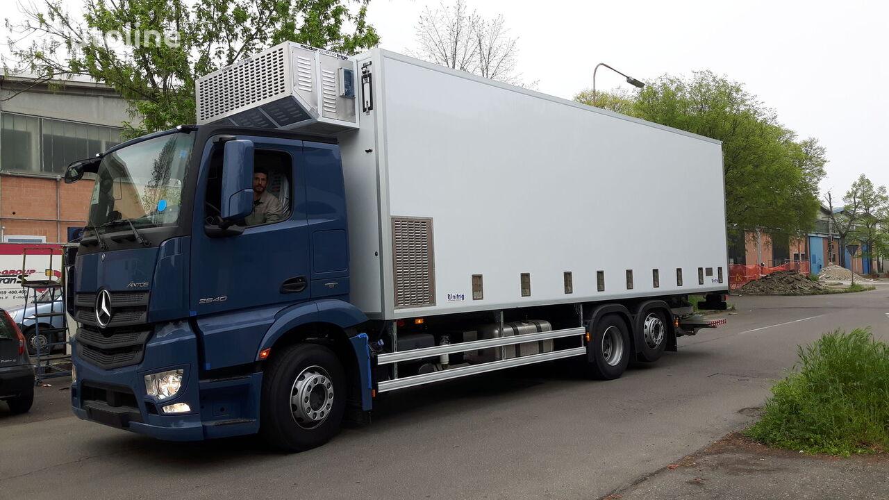 camion trasporto pollame MERCEDES-BENZ SPECIAL CHIKS TRASPORT VEHICLE-Koeken Aufbau- nuovo