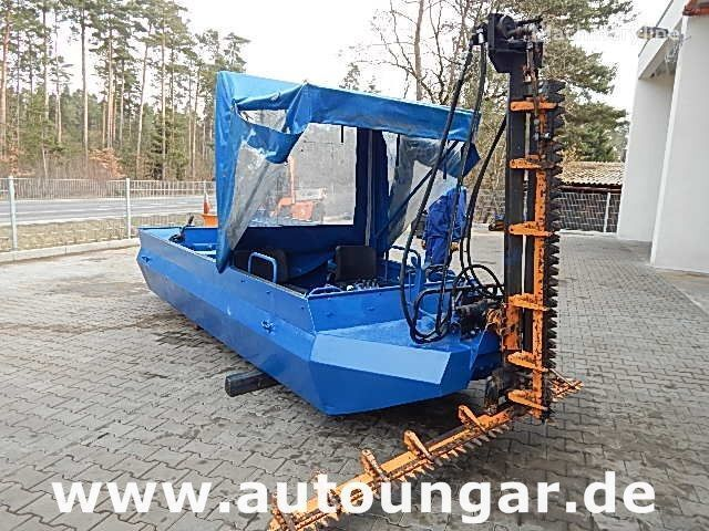 altre macchine agricole JOHN DEERE O 403 FH Mähboot Aquatic Weed Harvester T-Balken
