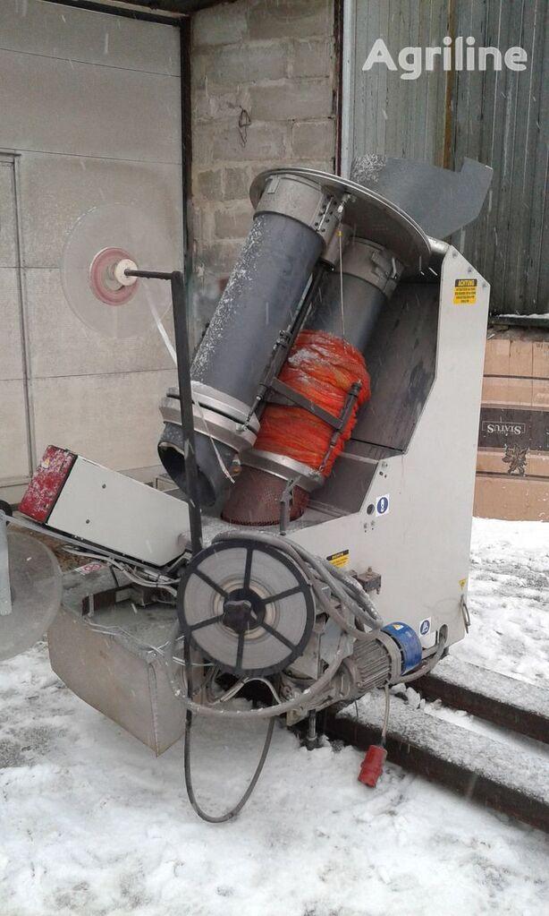 altre macchine agricole Sorma RB2-120  Avtomaticheskaya klipsatornaya mashina dlya kartofelya,