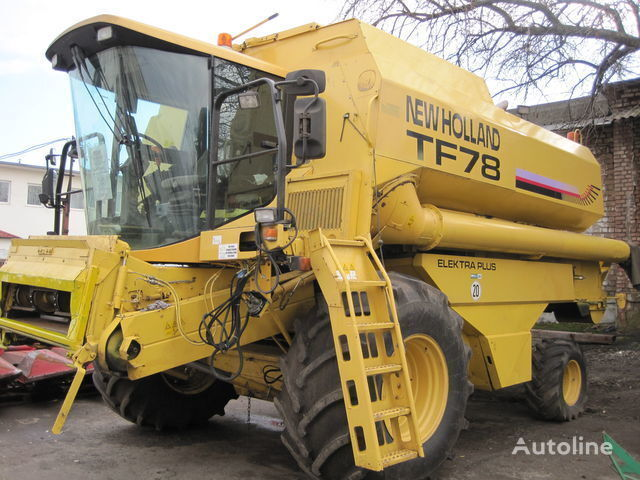 mietitrebbia NEW HOLLAND TF 78