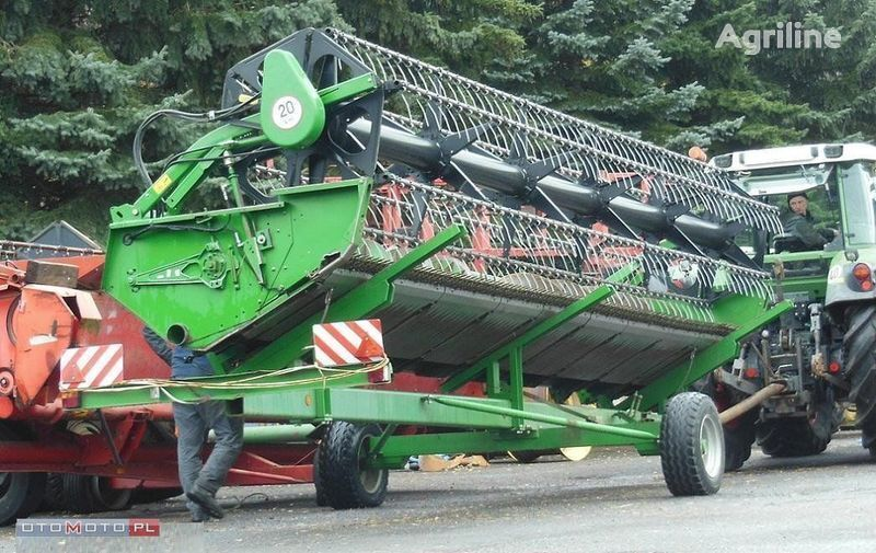 mietitrice JOHN DEERE  HEDER 625 R 6,7 M