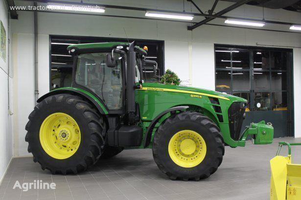 trattore gommato JOHN DEERE 8320R nuovo