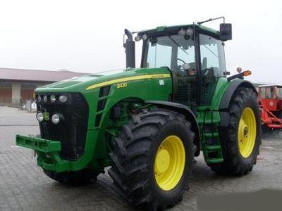 trattore gommato JOHN DEERE 8430