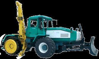 trattore gommato SMR-3 Specializirovannaya mashina dlya remontno-stroitelnyh rabot