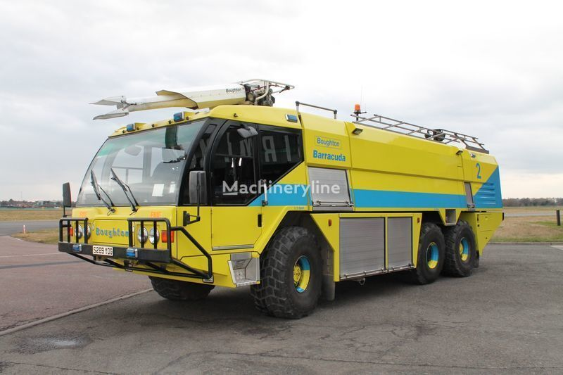 Veicolo di soccorso antincendio per aerei Reynolds Boughton Barracuda 6x6