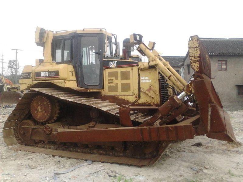 bulldozer CATERPILLAR D6R