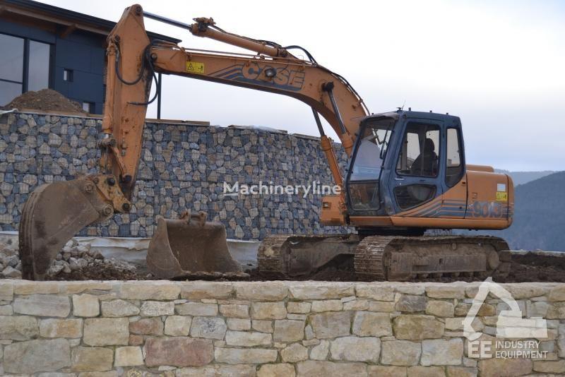 escavatore cingolato CASE 9013