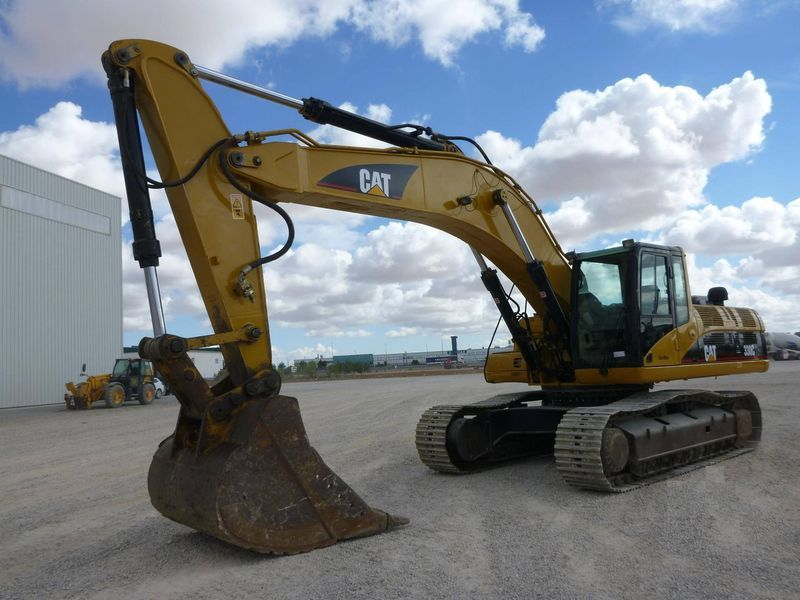 escavatore cingolato CATERPILLAR 330