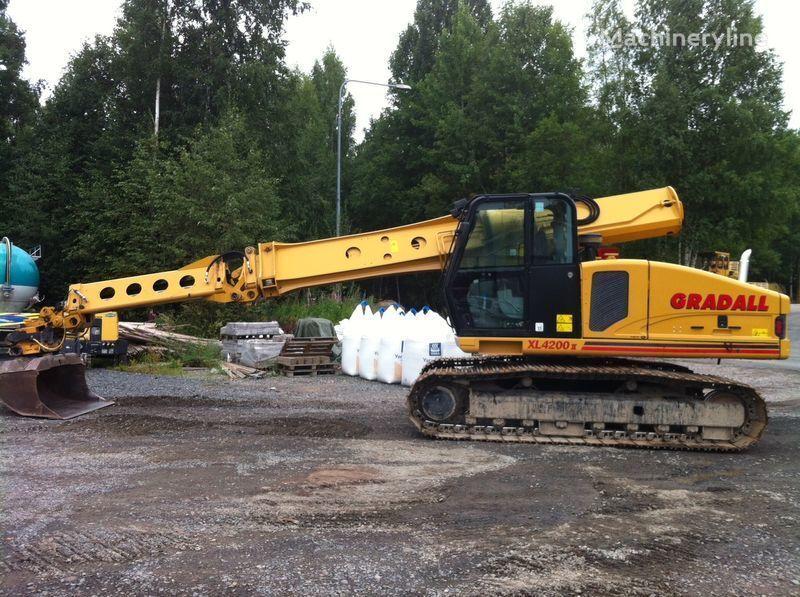 escavatore cingolato GRADALL XL4200II