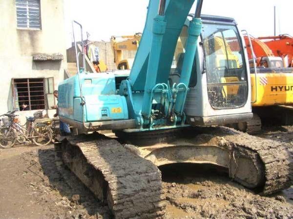 escavatore cingolato KOBELCO SK200-6E