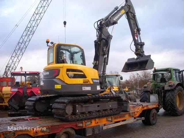 escavatore cingolato VOLVO ECR88D