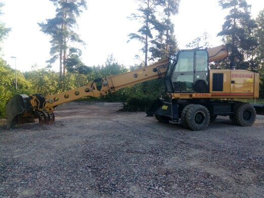 escavatore gommato GRADALL XL4300III