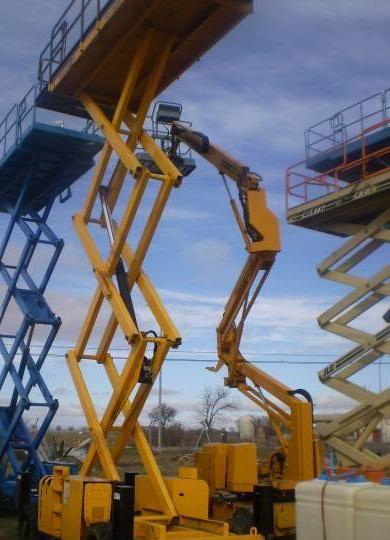 piattaforma elevatrice a forbice HAULOTTE H 12 SX