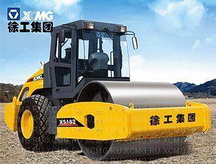 rullo compattatore monotamburo XCMG XS182 nuovo