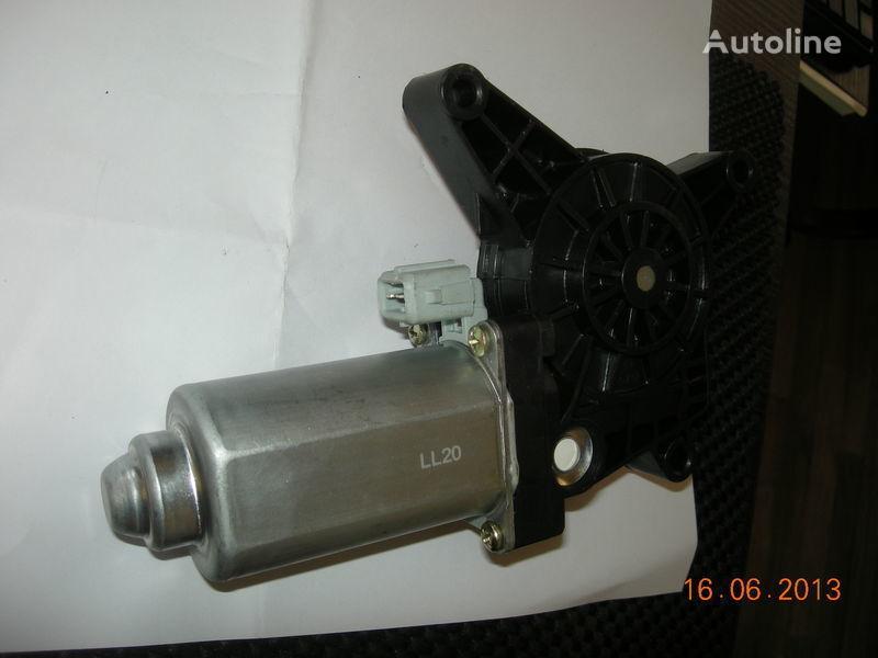 alzavetro manuale  dvigatel steklopodemnika ACTROS 0008202808 0008204908 per trattore stradale MERCEDES-BENZ nuovo