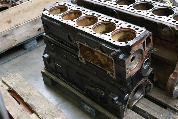 blocco cilindri per altre macchine edili MERCEDES-BENZ D 409BLOCK
