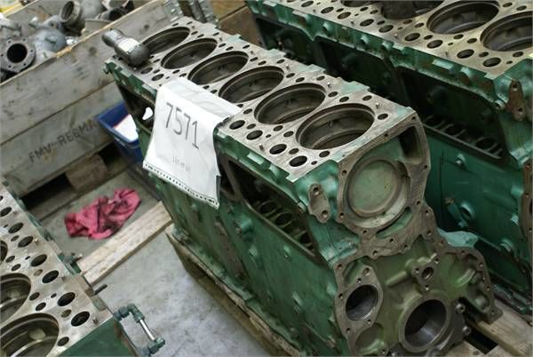 blocco cilindri per autobus VOLVO D 12 BABE2