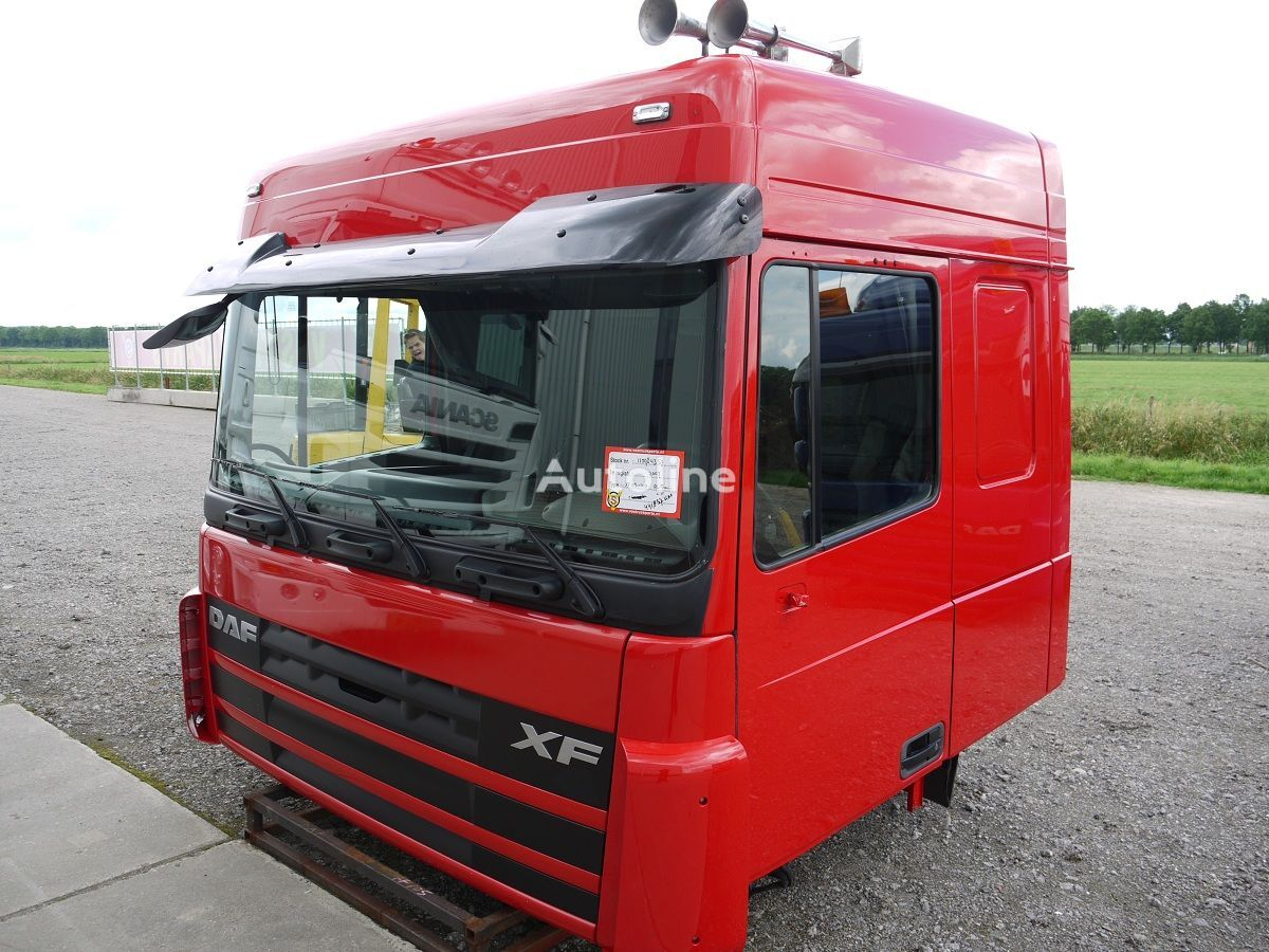 cabina per trattore stradale DAF XF105 SPACE CAB incidentati
