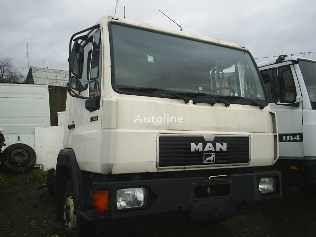 cabina per camion MAN 8.153