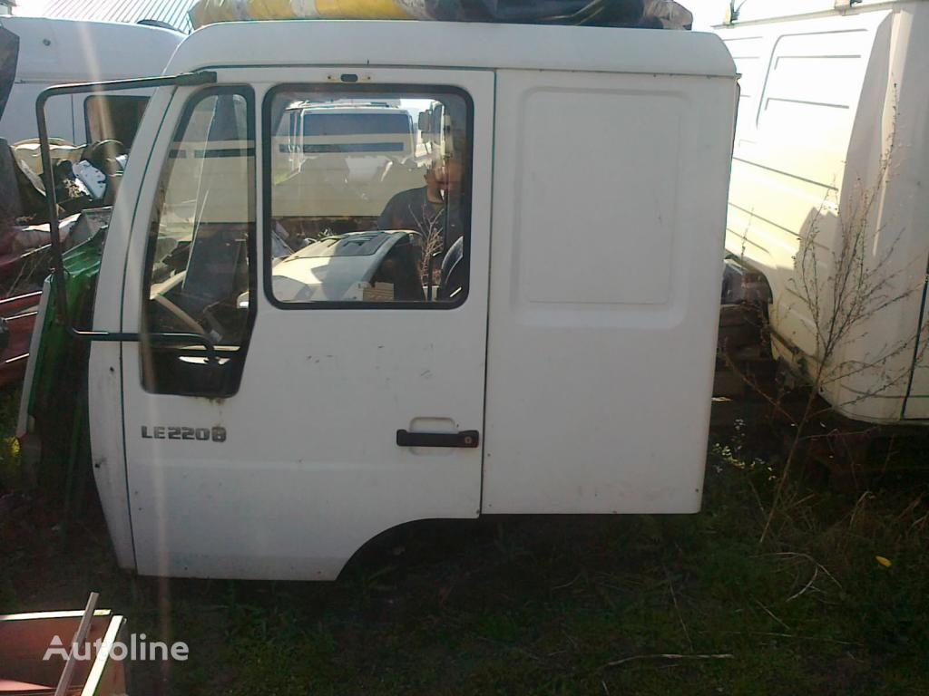 cabina per trattore stradale MAN LE Star L2000 sypialna 3000 zl. netto