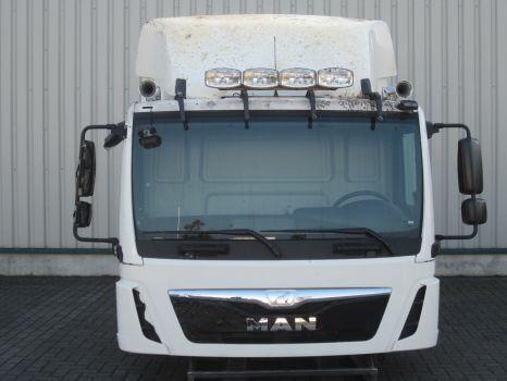 cabina  MAN per trattore stradale MAN TGL C F99L10S D0100