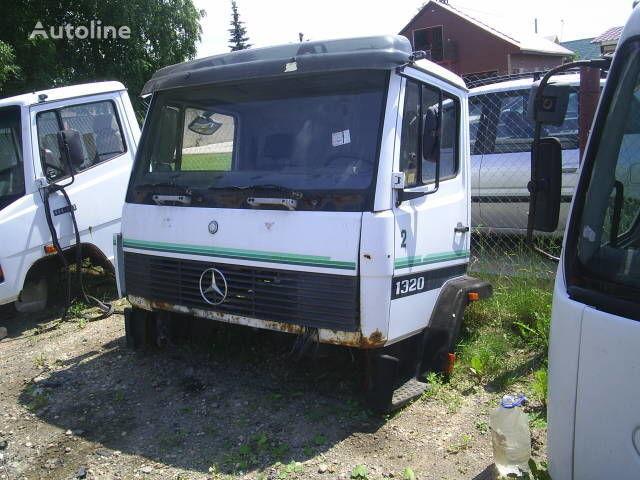 cabina per camion MERCEDES-BENZ 1324