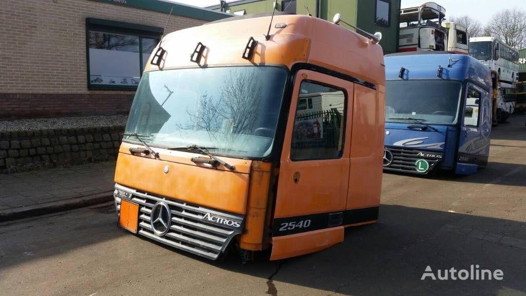 cabina per trattore stradale MERCEDES-BENZ 2540