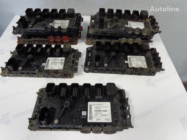 centralina  VDO Frontmodul 0004461561,0004462261,0004462761,0004462161, 0004462161, 0004461761, 0004462861 per trattore stradale MERCEDES-BENZ
