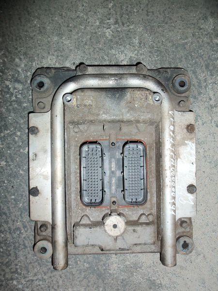 centralina  Renault Premium DXI engine control unit EDC 20814604 per trattore stradale RENAULT Premium DXI