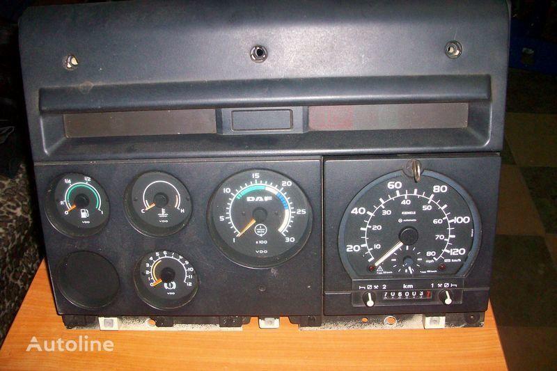 cruscotto  CF-85 per trattore stradale DAF  XF,CF
