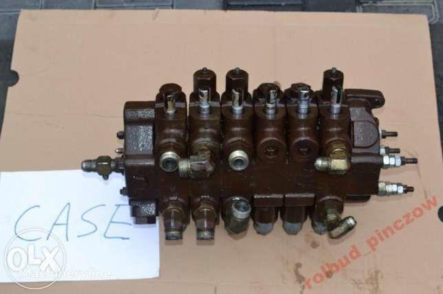 distributore idraulico per terna CASE 580 LPS
