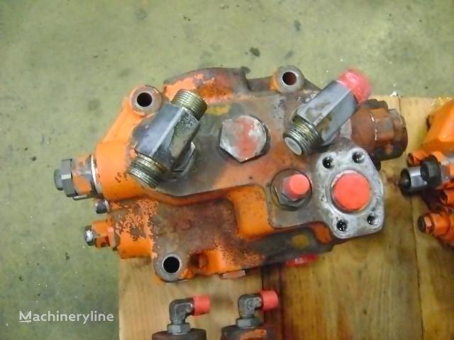distributore idraulico  Distributor per escavatore FIAT-HITACHI W 270