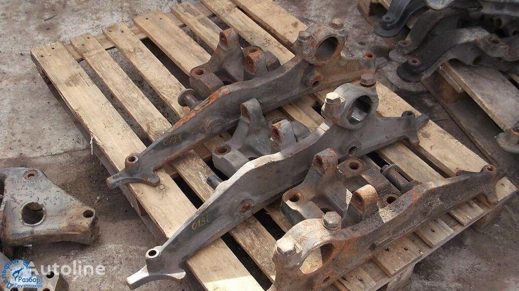elementi di fissaggio  Kronshteyn pnevmobalonov per camion