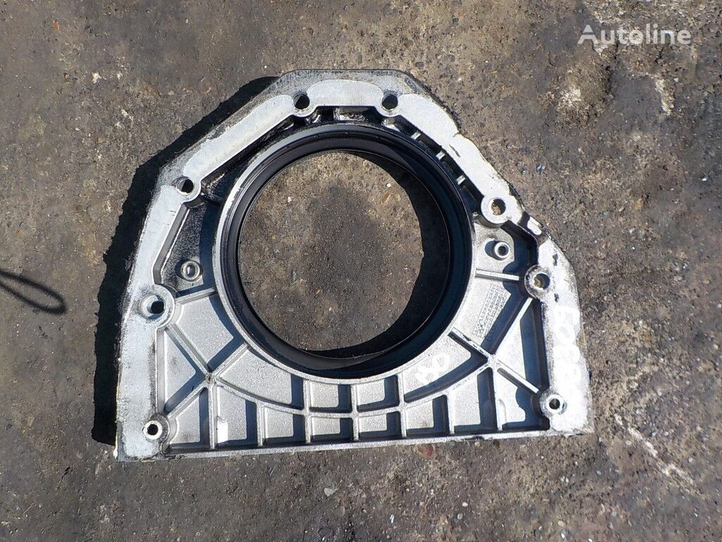 elementi di fissaggio  Kryshka korpusa termostata Scania per camion