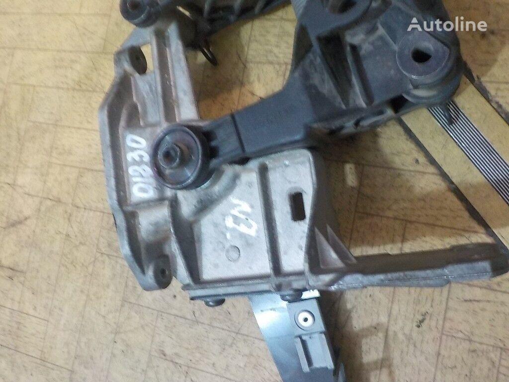 elementi di fissaggio  pedali akseleratora Scania per camion