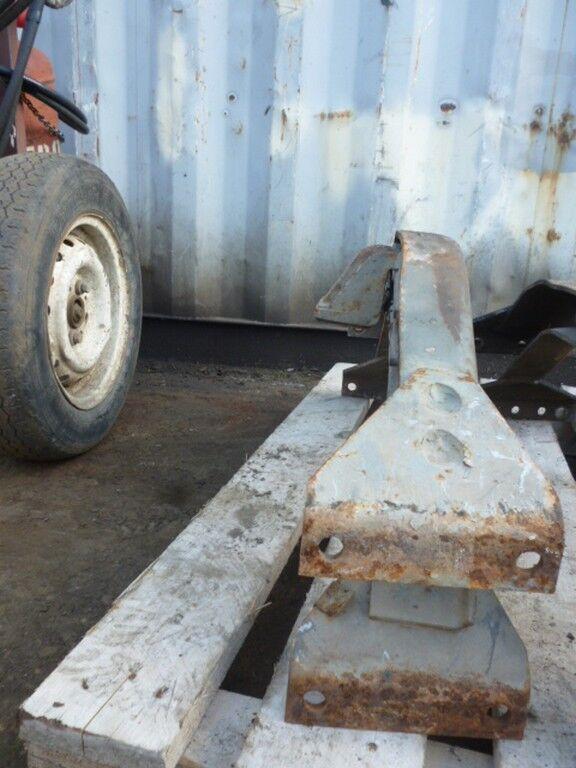 elementi di fissaggio  Traversa ramy per camion SCANIA