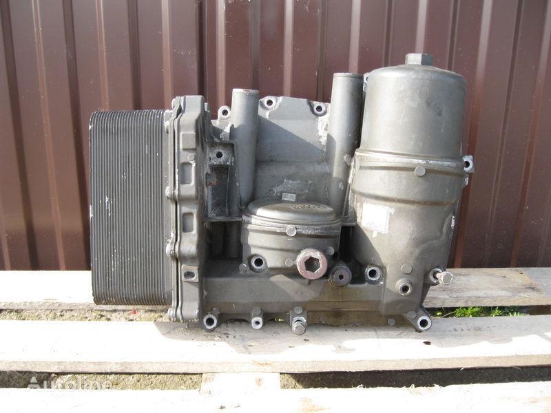 filtro dell'olio  CHŁODNICZKA OLEJU Z PODSTAWĄ per trattore stradale DAF XF 105