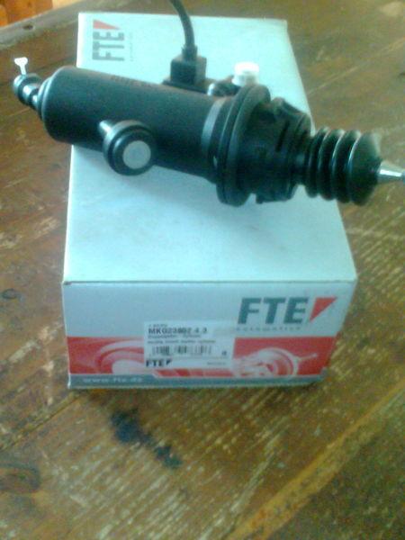 frizione  FTE Cilindr MKG2385243      81307156154 per trattore stradale MAN TGA nuova