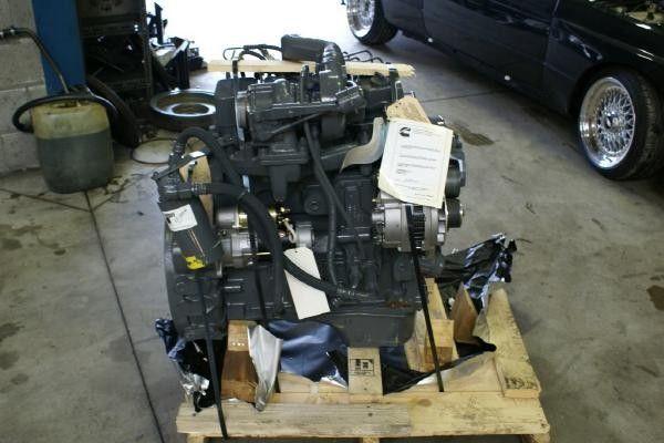 motore per altre macchine edili CUMMINS 4 BT