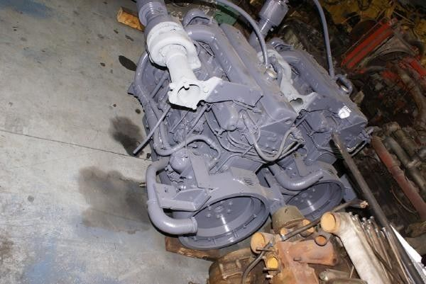 motore per altre macchine edili DAF DT 615