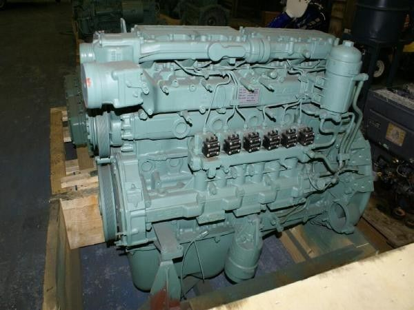 motore per trattore stradale DAF PE 183 C