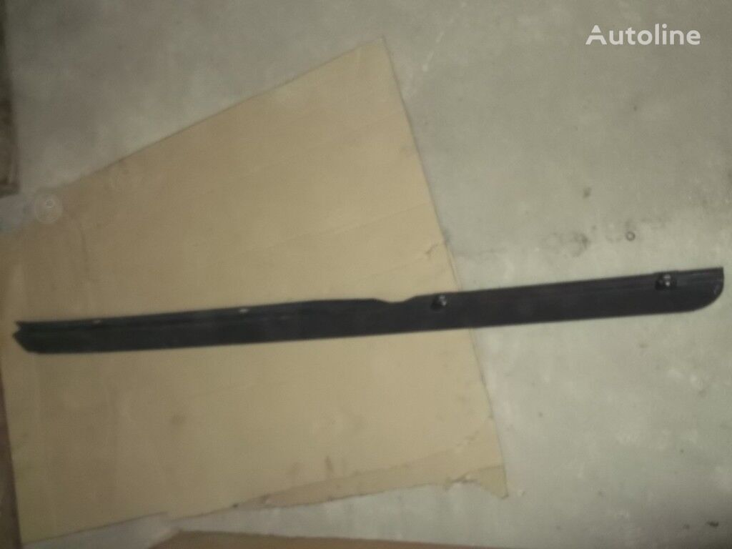 pezzi di ricambi  Molding kryshi pravyy Mersedes Benz per camion