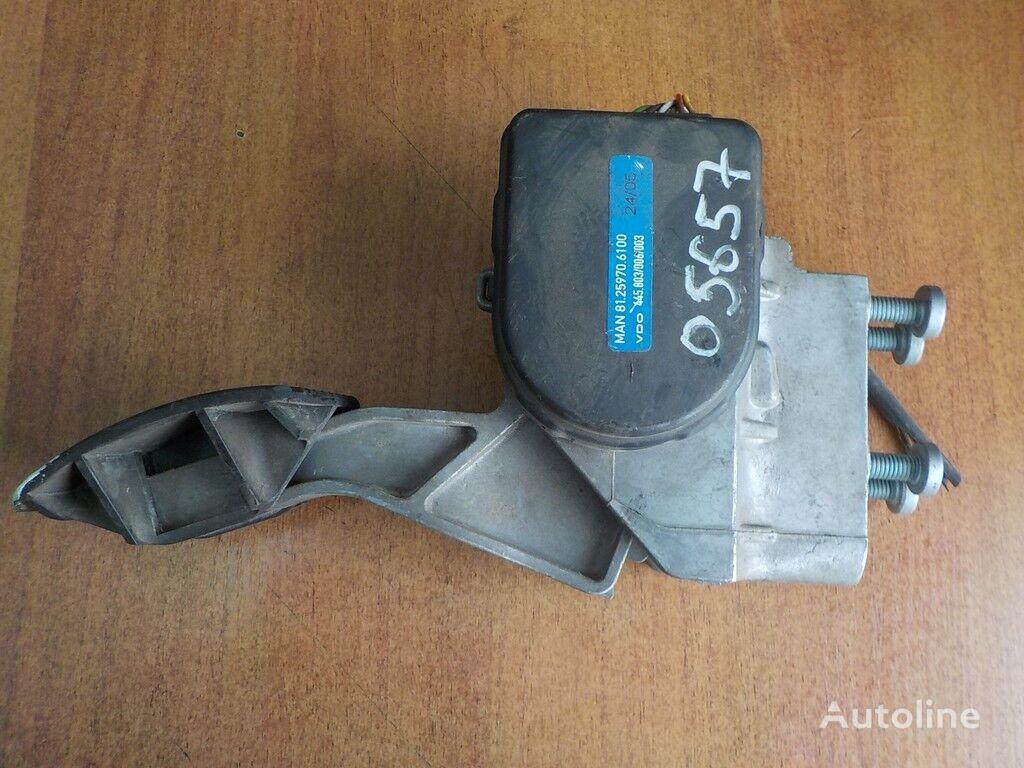 pezzi di ricambi  Pedal akseleratora MAN per camion