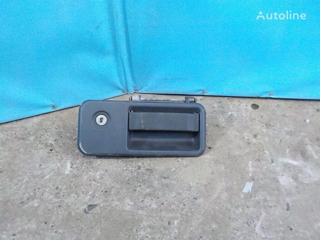 pezzi di ricambi  Ruchka dveri LH Volvo per camion