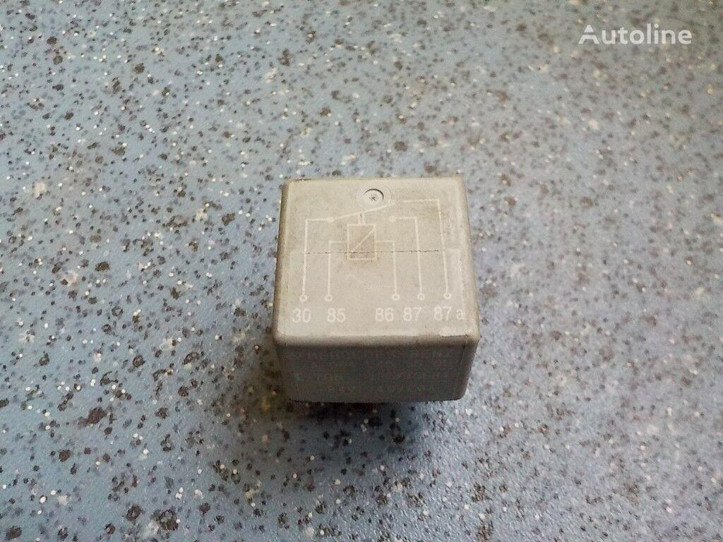 pezzi di ricambi  Rele 24V 10/20A per camion